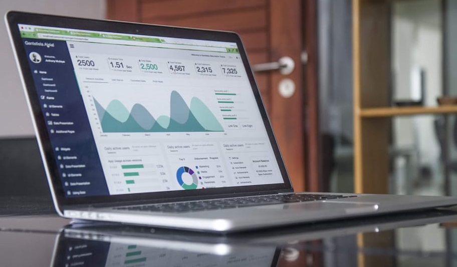 How to use analytic data in financial marketing