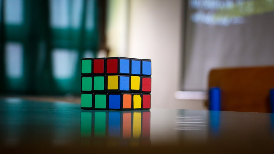 rubix cube - a metaphor. The puzzle of SEO in digital marketing in financial services