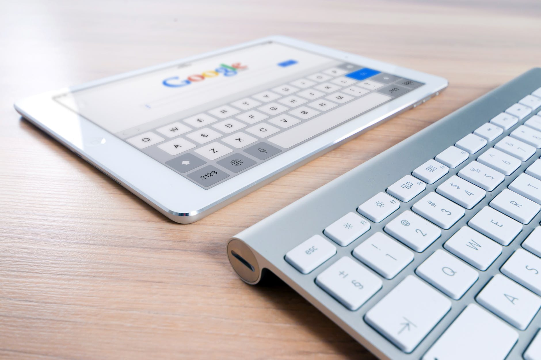 Does Google AdWords Affect SEO In Financial Marketing?